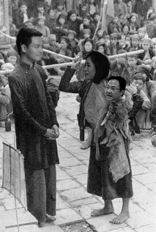 A1-Dong-co-dau-to-MC-Phan-Anh-VTV